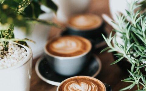 科学研究:喝咖啡能延年益寿,即使多喝也没问题