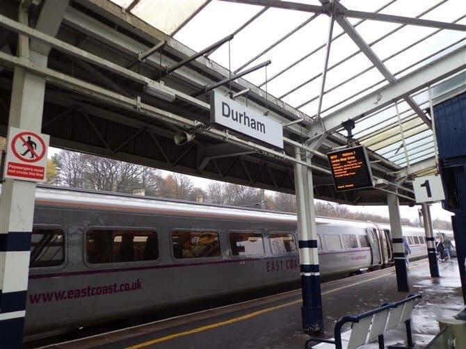 小镇杜伦Durham丨一个人说走就走的旅行插图2